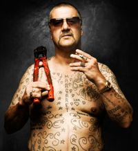 https://nastyevilninja.files.wordpress.com/2011/08/mark_chopper_read.jpg?w=200